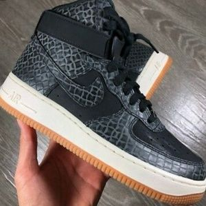 Nike Air Force 1 High Croc Black Gum